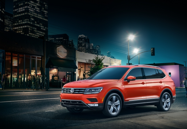 Volkswagen Tiguans available in Orland Park, IL at Volkswagen of Orland Park