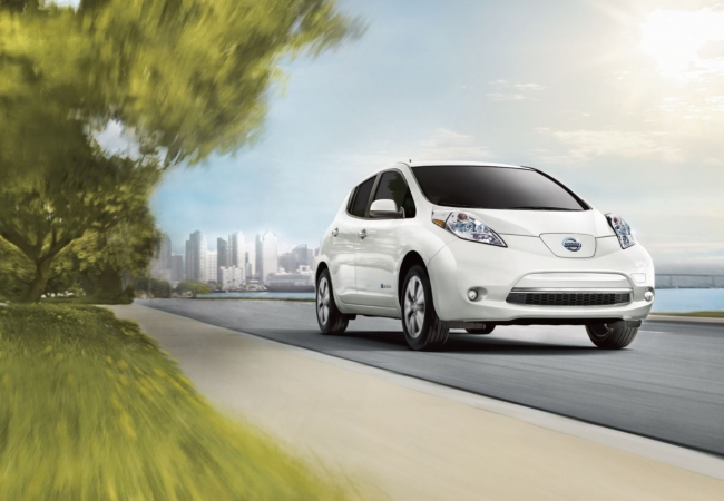 Nissan Leafs available in Ballwin, MO at Bommarito Nissan of Ballwin