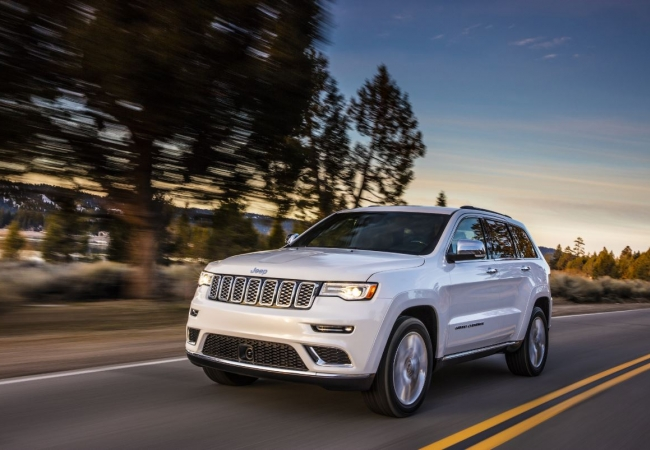 Jeep Grand Cherokees available in Canton & Plymouth, MI at Fox Hills Chrysler Jeep