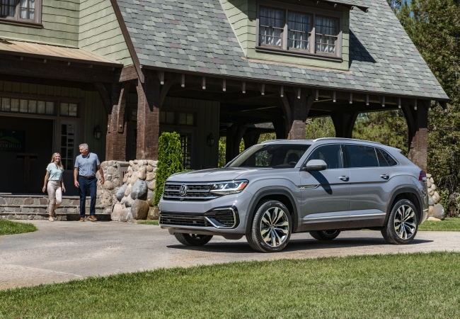 Volkswagen Atlas Cross Sports available in Saint Cloud, MN at Eich Volkswagen