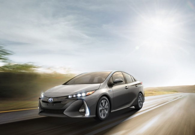 Toyota Priuss available in Louisville, KY at Oxmoor Toyota