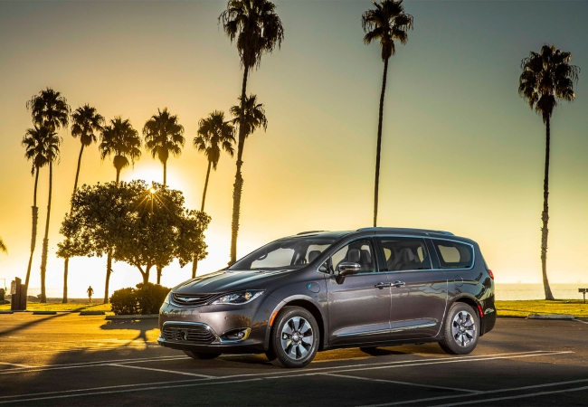 Chrysler Pacificas available in Rockford, IL at Anderson Dodge Chrysler Jeep Ram