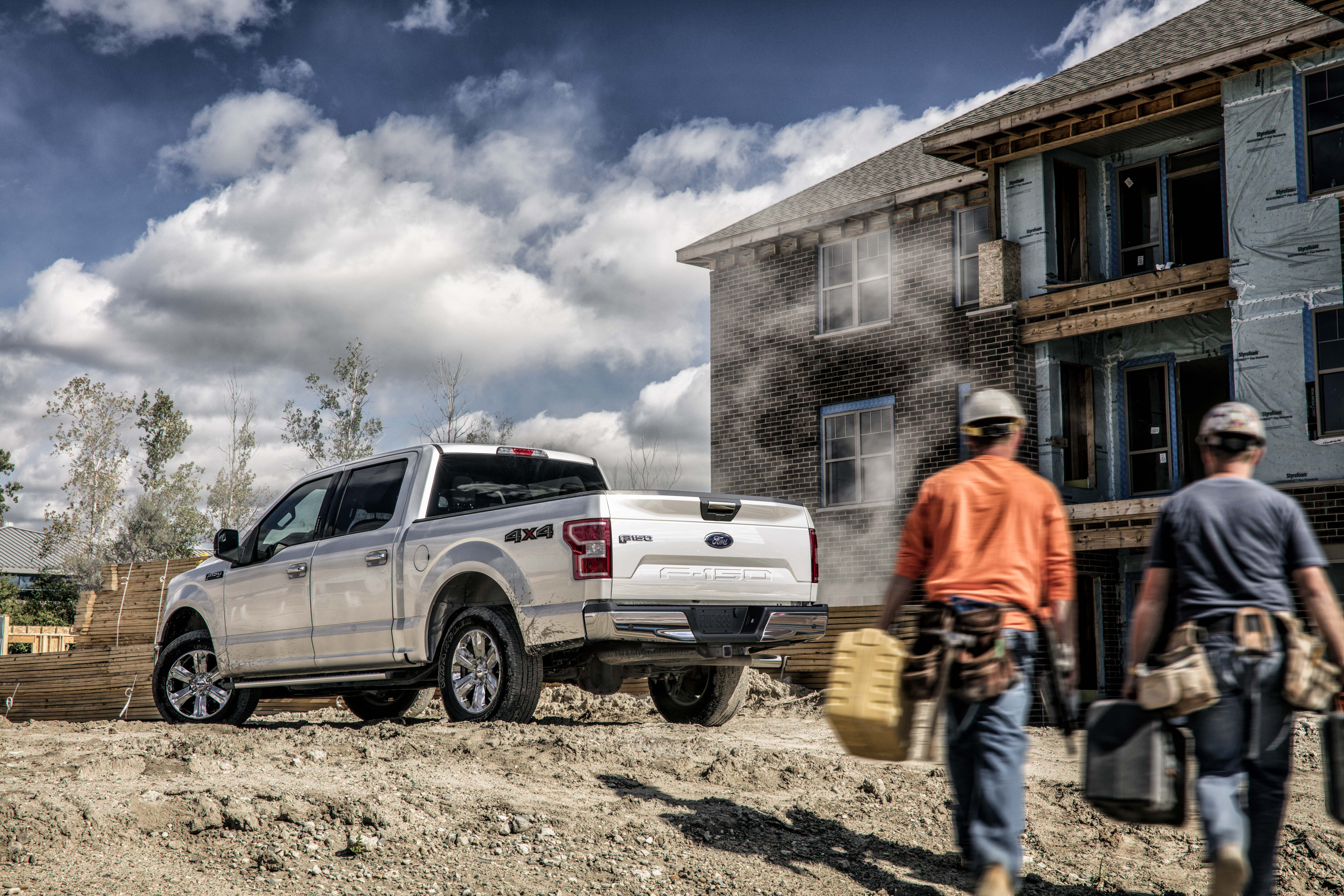 Ford F-150s available in Elizabethtown, KY at Oxmoor Ford Lincoln