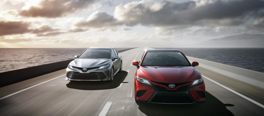 Toyota Camry vs. Toyota Corolla | Bommarito Toyota ...