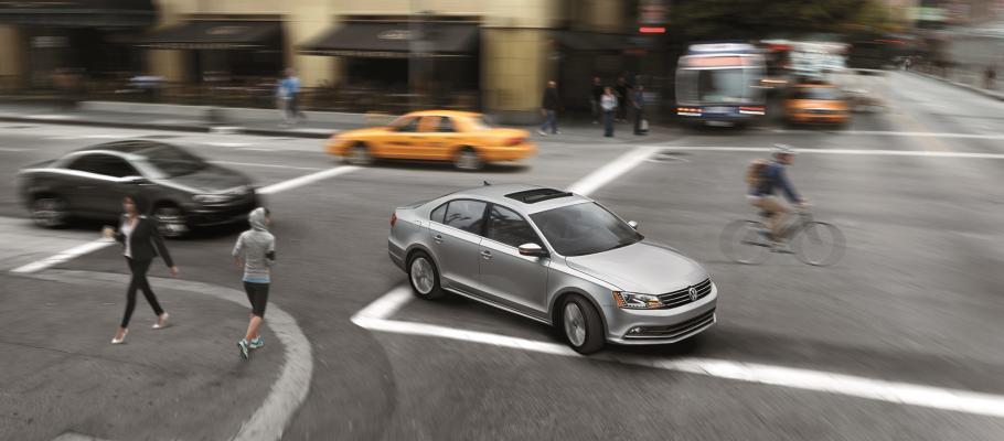 Jetta Vs Passat >> Vw Jetta Vs Vw Passat Volkswagen Model Comparison
