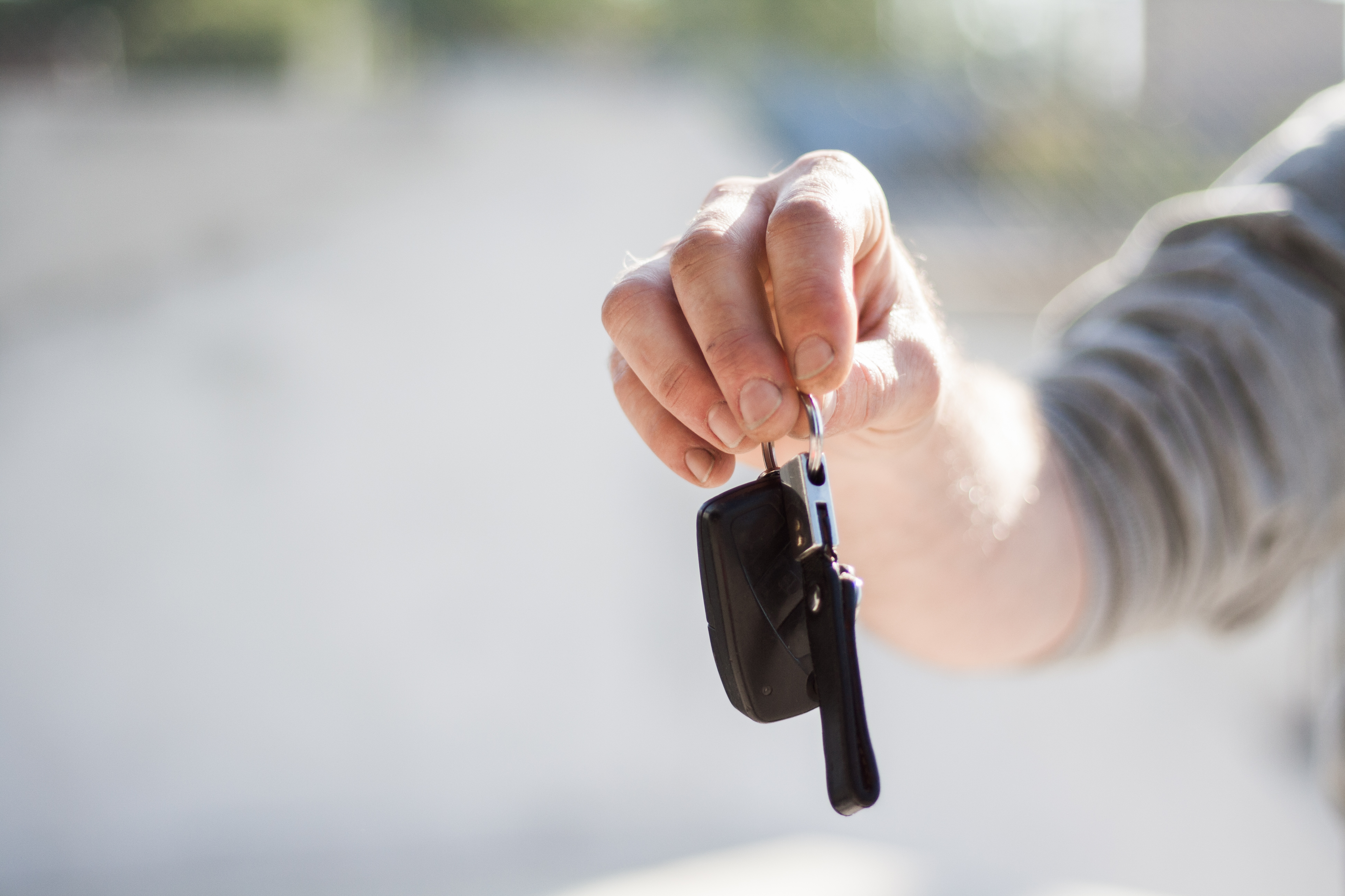 Auto Leases vs Car Loans in Herrin, IL