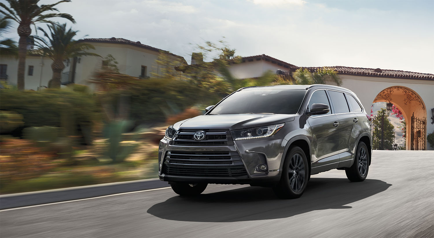 Toyota Highlander Lease >> Lease The Toyota Highlander Oxmoor Toyota Louisville Ky