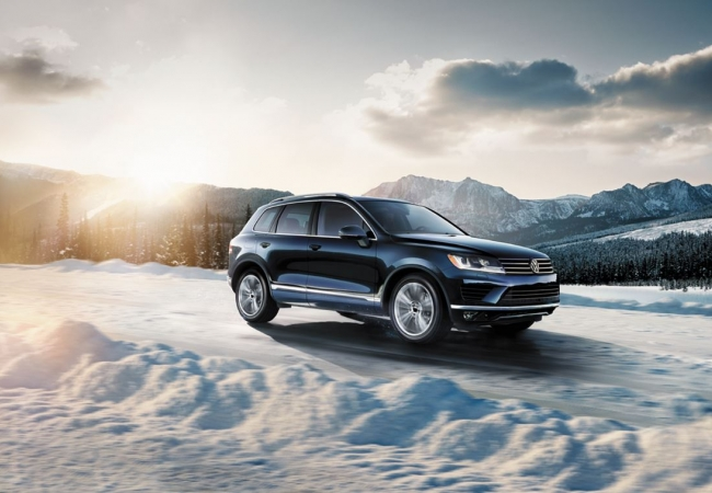 Volkswagen Touaregs available in Hazelwood, MO at Bommarito Volkswagen