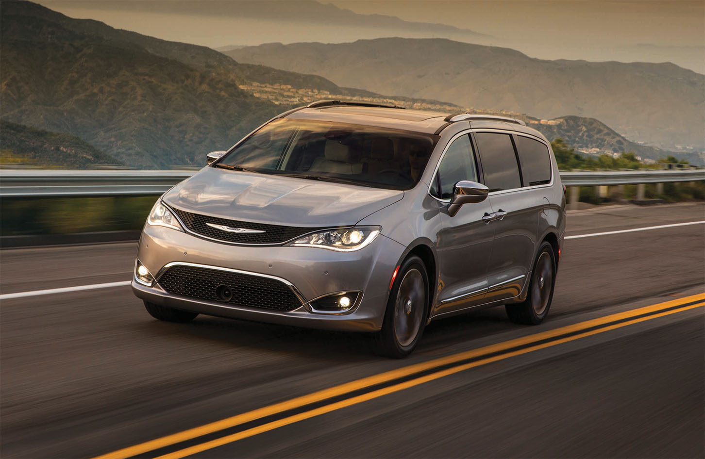 Chrysler Pacificas available in San Francisco, CA at Stewart Chrysler Dodge Jeep Ram