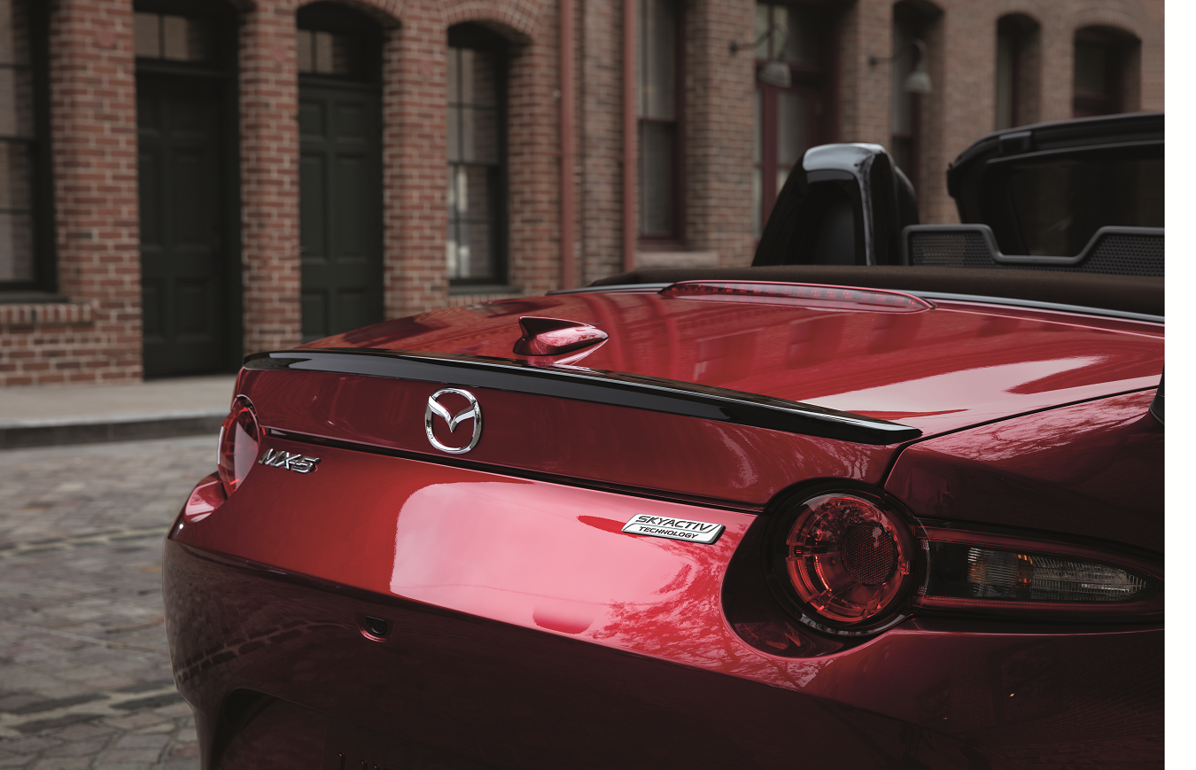 Mazda MX-5 Miatas available in Elizabethtown, KY at Oxmoor Mazda